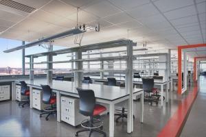 Flexible Lab Furniture