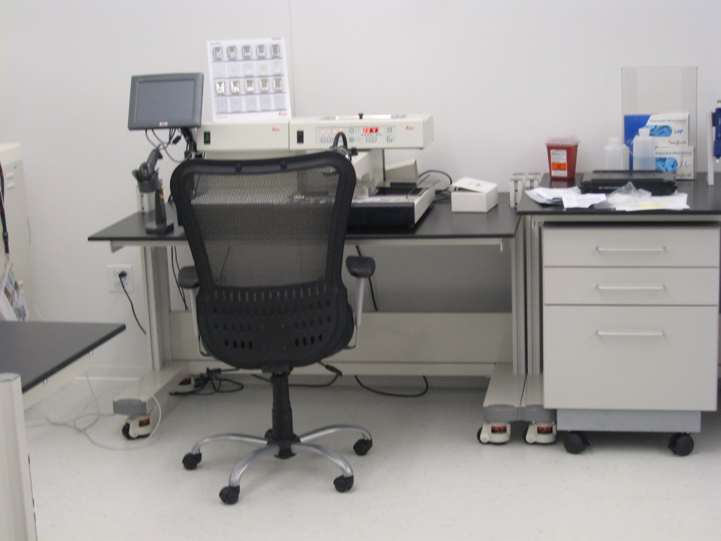 Flexible & Freestanding Laboratory Furniture