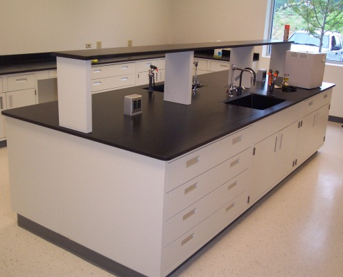 Laboratory Countertops & Bench Tops - Epoxy Resin Countertops LFFH ...