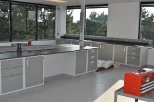 Modular Steel Laboratory Furniture04