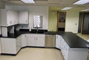 Modular Steel Laboratory Furniture036